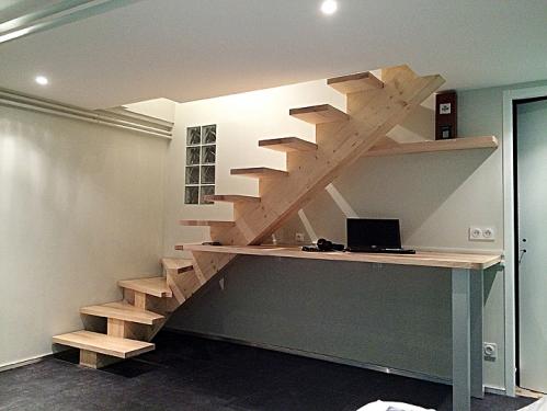 escalier bureau elcc bois menuiserie charpente couverture ossature bois. Black Bedroom Furniture Sets. Home Design Ideas
